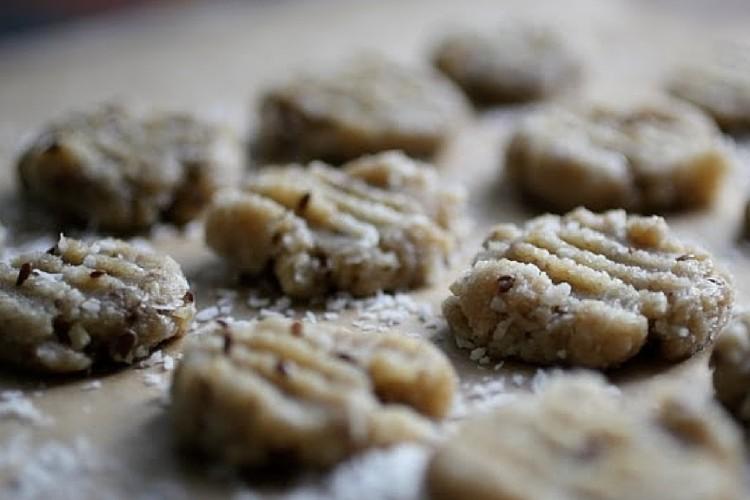 Maple Walnut & Cashew Cookies (No-Bake)